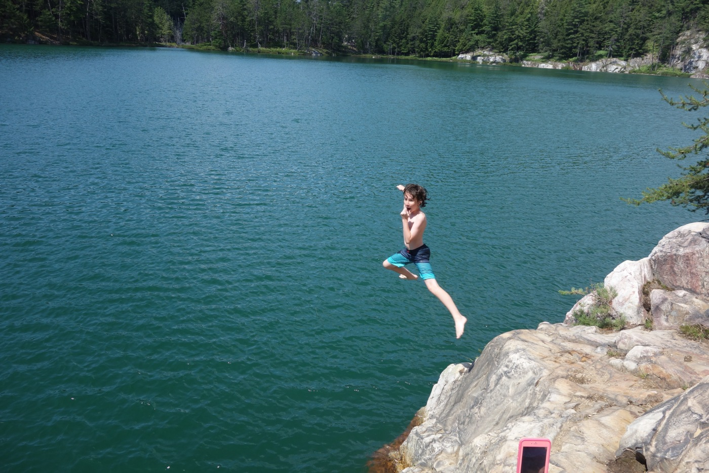 Topaz lake rock jumping swimming 7 15 17 donnelly for Topaz lake fishing
